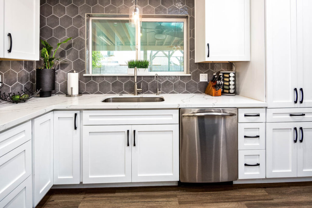 White Kitchen remodel Juanita 9